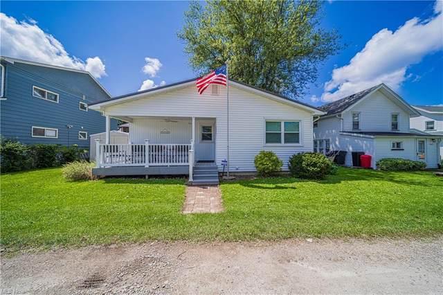 5010 Mapleton Beach East Drive, Geneva, OH 44041 (MLS #4303881) :: TG Real Estate