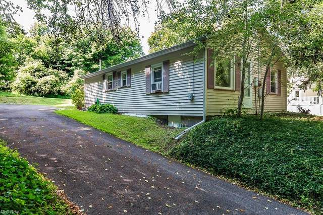 11038 Prouty Road, Concord, OH 44077 (MLS #4303927) :: TG Real Estate