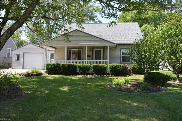 158 Aldrich Road, Youngstown, OH 44515 (MLS #4304646) :: The Holden Agency