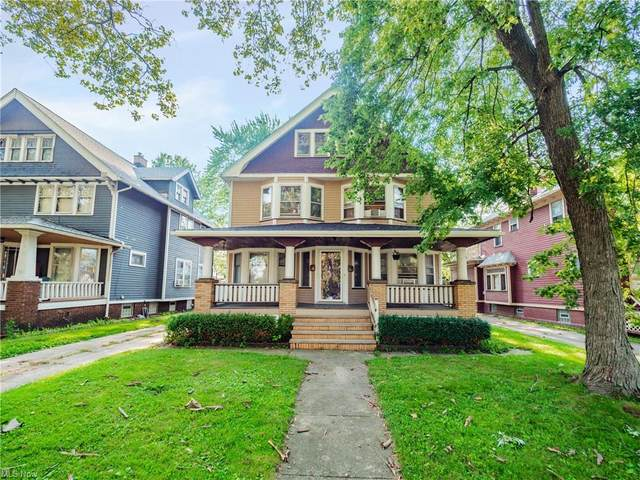 3032 West Boulevard, Cleveland, OH 44111 (MLS #4304661) :: Select Properties Realty
