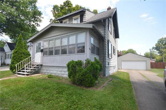2309 11th Street, Cuyahoga Falls, OH 44221 (MLS #4304820) :: Keller Williams Legacy Group Realty