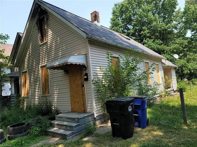 2071 W 83rd Street, Cleveland, OH 44102 (MLS #4304830) :: The Jess Nader Team   REMAX CROSSROADS