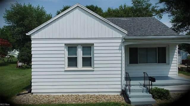 639 Monroe Street, Port Clinton, OH 43452 (MLS #4305434) :: The Holden Agency