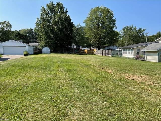 V/L E 41st, Lorain, OH 40555 (MLS #4305805) :: TG Real Estate