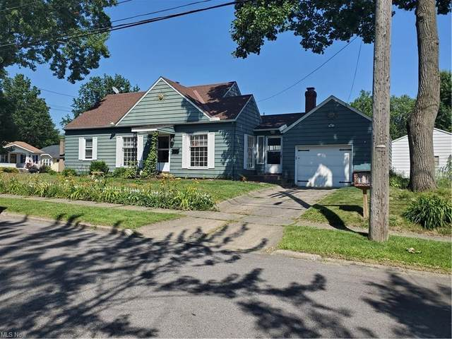 1879 21st Street, Cuyahoga Falls, OH 44223 (MLS #4306338) :: The Holden Agency