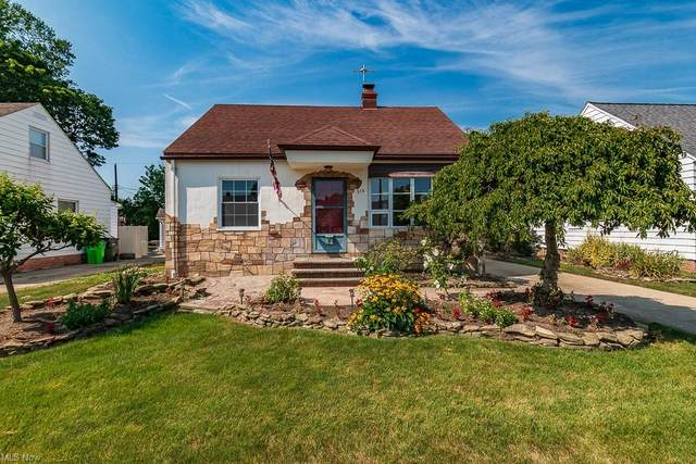 316 E 329th Street, Willowick, OH 44095 (MLS #4306452) :: Keller Williams Legacy Group Realty