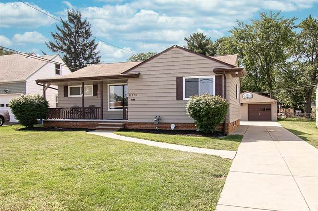 11279 Snow Road, Parma Heights, OH 44130 (MLS #4306653) :: Simply Better Realty
