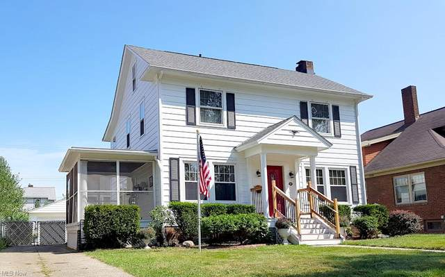 2063 Belle Avenue, Lakewood, OH 44107 (MLS #4308066) :: The Holden Agency