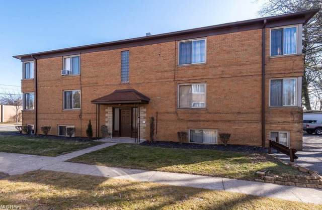 18953 Hilliard Boulevard, Rocky River, OH 44116 (MLS #4308274) :: Jackson Realty