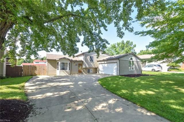 1746 Rosalyn Drive, Mineral Ridge, OH 44440 (MLS #4308286) :: Tammy Grogan and Associates at Keller Williams Chervenic Realty