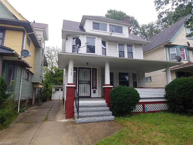 1169 Melbourne Road, East Cleveland, OH 44112 (MLS #4308820) :: Jackson Realty