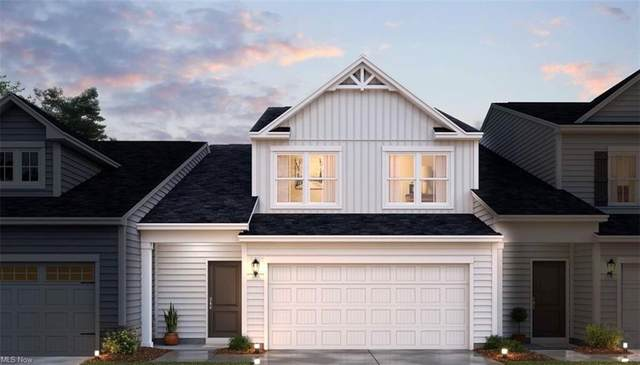1377 Maple Grove Lane, Green, OH 44232 (MLS #4309494) :: TG Real Estate