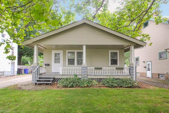 3831 W 134th Street, Cleveland, OH 44111 (MLS #4310427) :: Simply Better Realty