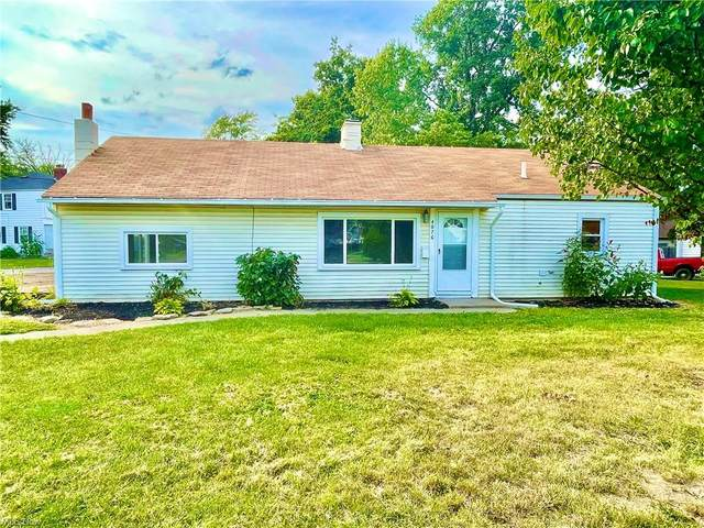 4076 Meadow Lane, Lorain, OH 44055 (MLS #4310853) :: The Holly Ritchie Team