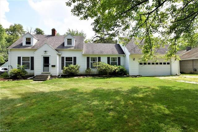 8357 Mapleway Drive, Olmsted Falls, OH 44138 (MLS #4311357) :: The Holden Agency
