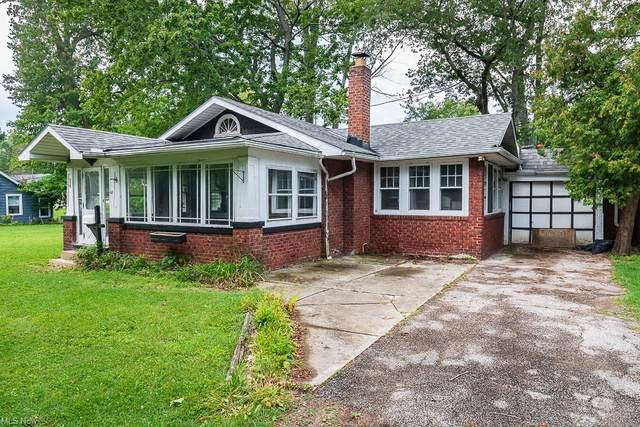 100 E 238th Street, Euclid, OH 44123 (MLS #4311896) :: The Holden Agency