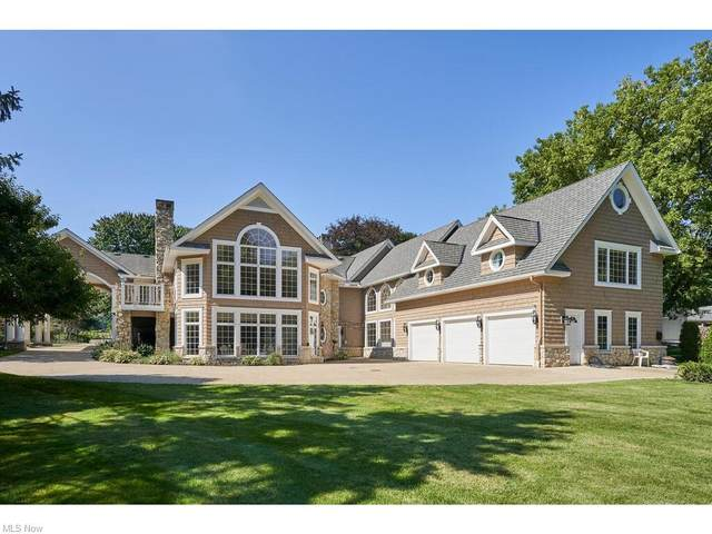 8800 Fairpark Avenue NW, Canal Fulton, OH 44614 (MLS #4312206) :: TG Real Estate