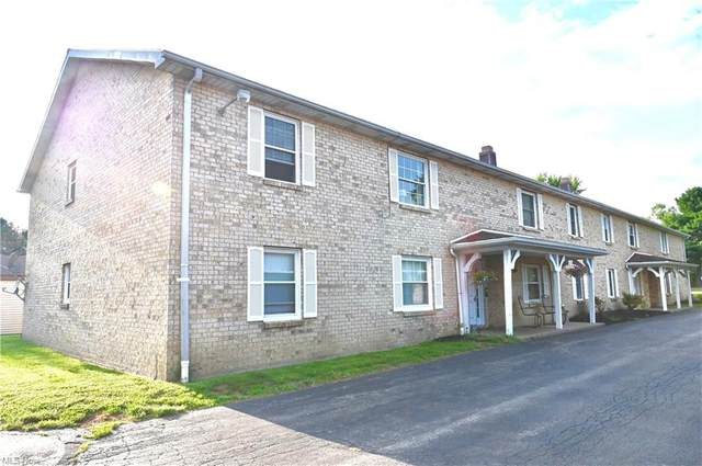 3761 Indian Run Drive #8, Canfield, OH 44406 (MLS #4312345) :: The Jess Nader Team | REMAX CROSSROADS