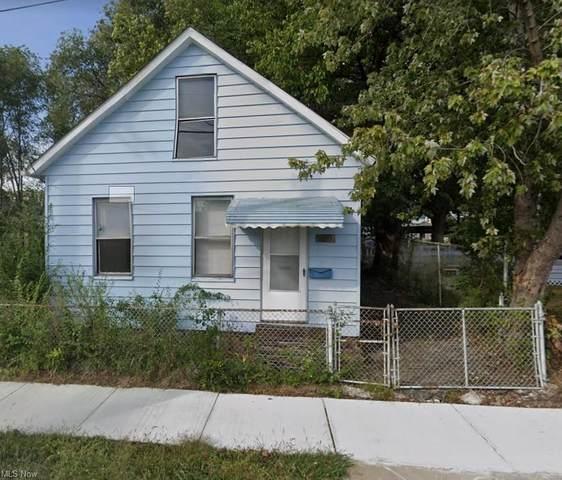 2600 Barber Avenue, Cleveland, OH 44113 (MLS #4312907) :: The Crockett Team, Howard Hanna