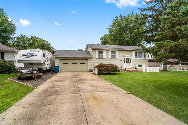 1904 Cloverbrook Drive, Mineral Ridge, OH 44440 (MLS #4313137) :: Simply Better Realty