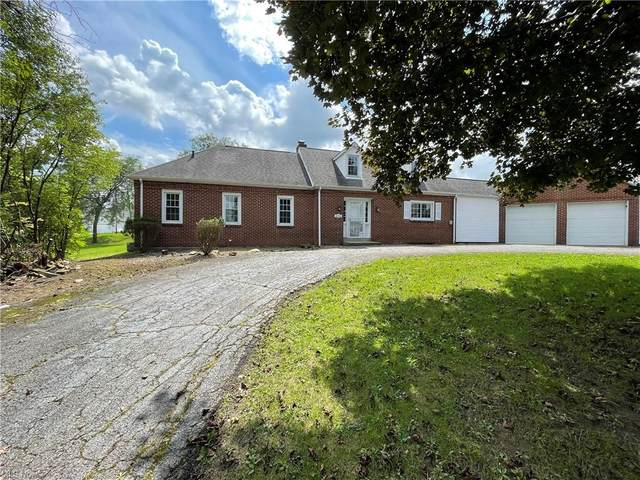 4782 Kirk Road, Youngstown, OH 44515 (MLS #4313564) :: RE/MAX Edge Realty