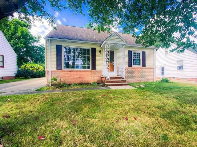 1390 Commonwealth Avenue, Mayfield Heights, OH 44124 (MLS #4313813) :: Simply Better Realty