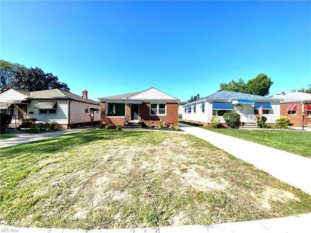 4902 Grantwood Drive, Parma, OH 44134 (MLS #4313824) :: The Holden Agency