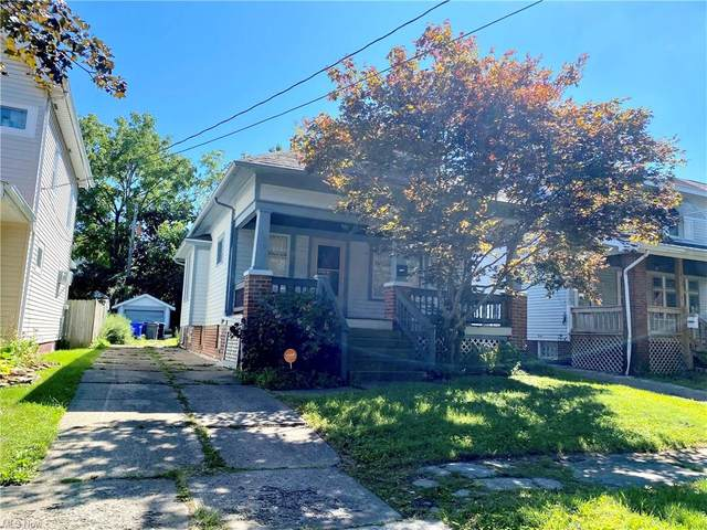 11221 Fortune Avenue, Cleveland, OH 44111 (MLS #4313854) :: Tammy Grogan and Associates at Keller Williams Chervenic Realty