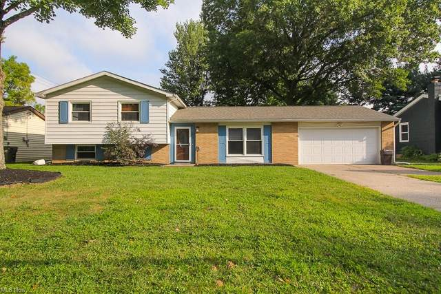 797 Greenforest Drive, Amherst, OH 44001 (MLS #4313993) :: Keller Williams Legacy Group Realty