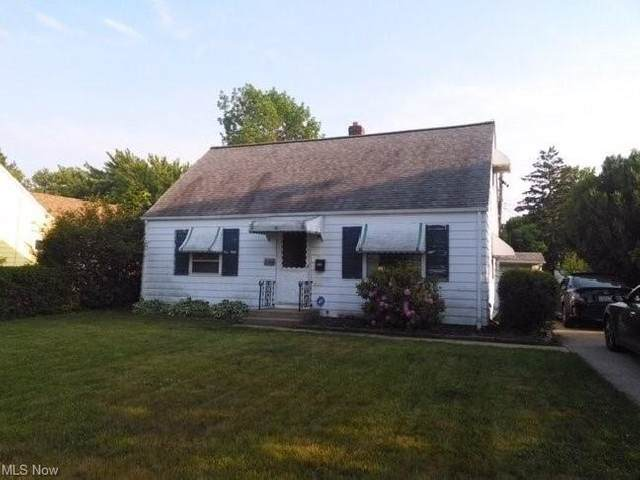 25650 Richards Avenue, Euclid, OH 44132 (MLS #4314295) :: The Holden Agency