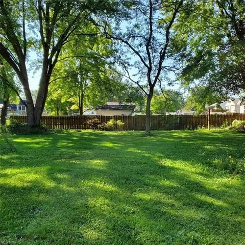3874 Hightree Circle SE, Warren, OH 44484 (MLS #4314305) :: TG Real Estate
