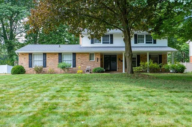 825 Tanglewood Drive NE, Massillon, OH 44646 (MLS #4314851) :: The Holden Agency