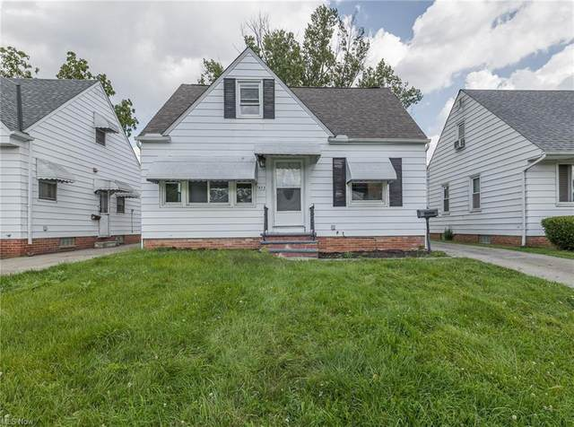 5453 Thomas Street, Maple Heights, OH 44137 (MLS #4315466) :: TG Real Estate