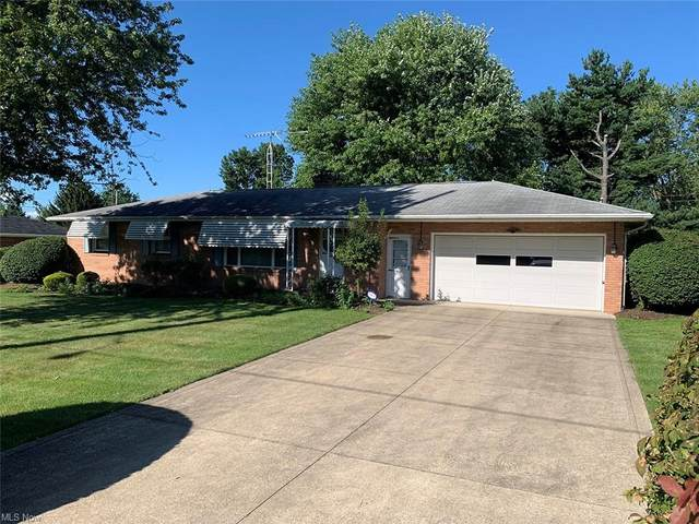 1559 California Avenue, Louisville, OH 44641 (MLS #4315552) :: The Holden Agency
