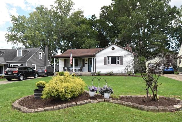 3851 Huntmere Avenue, Youngstown, OH 44515 (MLS #4315731) :: The Holden Agency