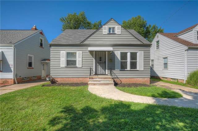 4606 Lincoln Avenue, Parma, OH 44134 (MLS #4316011) :: The Holden Agency