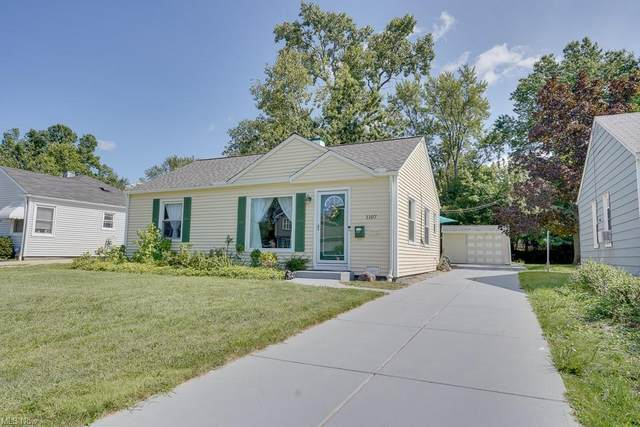 1107 Iroquois Avenue, Mayfield Heights, OH 44124 (MLS #4316027) :: The Holden Agency