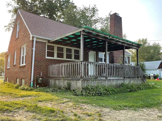 304 Chestnut Street, Painesville, OH 44077 (MLS #4316661) :: The Art of Real Estate