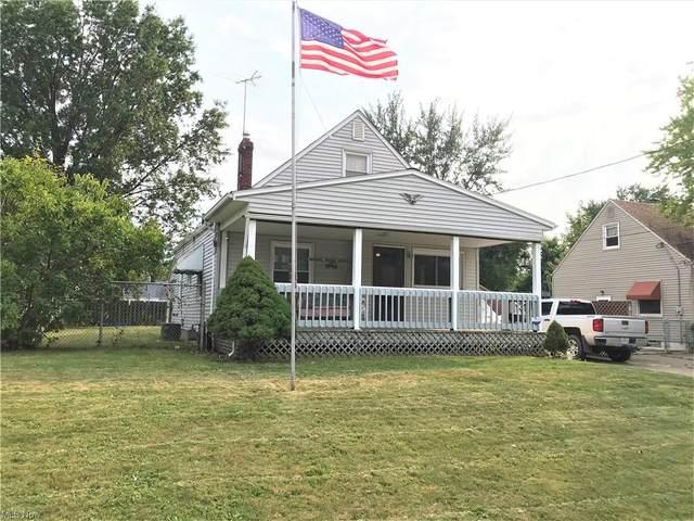 2540 E 38th Street, Lorain, OH 44055 (MLS #4316672) :: Keller Williams Chervenic Realty