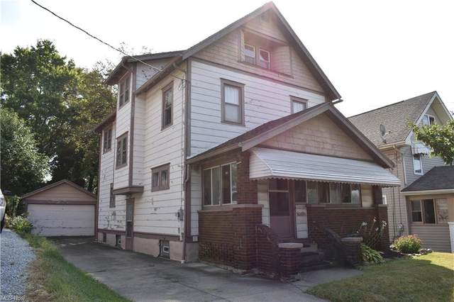 2211 20th Street SW, Akron, OH 44314 (MLS #4316890) :: Tammy Grogan and Associates at Keller Williams Chervenic Realty