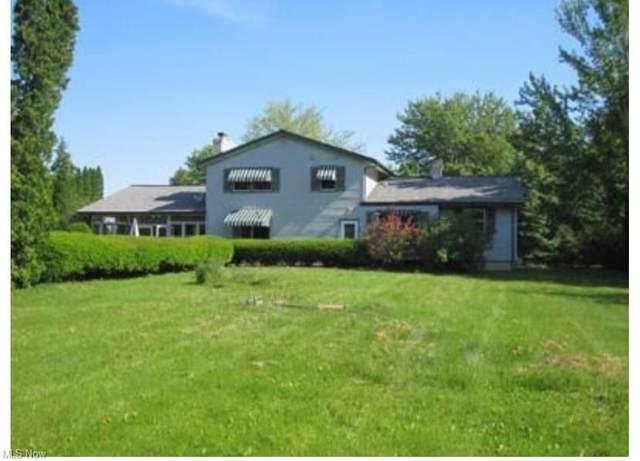 9495 Stafford Road, Chagrin Falls, OH 44023 (MLS #4316946) :: The Crockett Team, Howard Hanna