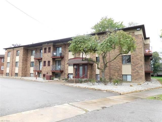 1860 Mahoning Avenue NW #203, Warren, OH 44483 (MLS #4317063) :: TG Real Estate