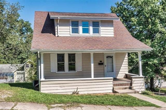111 Ruggles Avenue, St. Clairsville, OH 43950 (MLS #4317388) :: Tammy Grogan and Associates at Keller Williams Chervenic Realty
