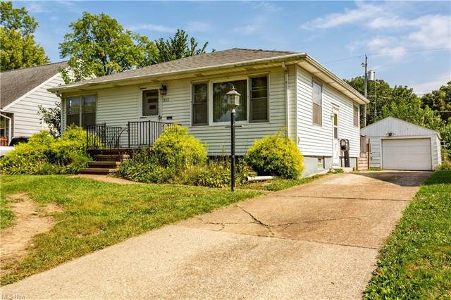 333 Harwood Street, Elyria, OH 44035 (MLS #4317493) :: The Holden Agency