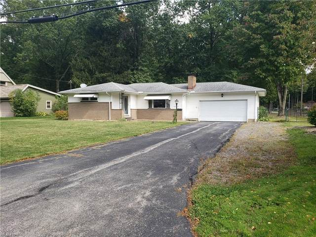 319 Russell Avenue, Cortland, OH 44410 (MLS #4317656) :: The Holden Agency