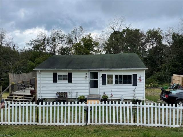 891 5th Avenue, East Liverpool, OH 43920 (MLS #4317680) :: RE/MAX Trends Realty