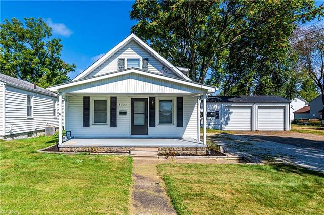 2223 43rd Street NW, Canton, OH 44709 (MLS #4317681) :: TG Real Estate