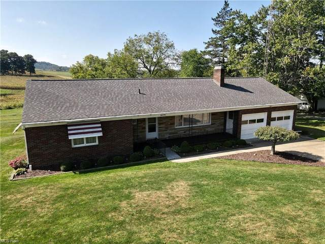 5090 State Route 516 NW, Dover, OH 44622 (MLS #4317790) :: The Jess Nader Team   REMAX CROSSROADS
