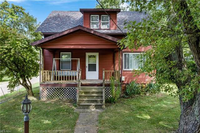 3011 Lincoln Street E, Canton, OH 44707 (MLS #4317800) :: The Jess Nader Team | REMAX CROSSROADS