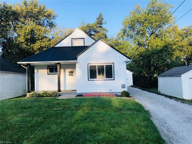3921 Shanabruck Avenue NW, Canton, OH 44709 (MLS #4317810) :: TG Real Estate